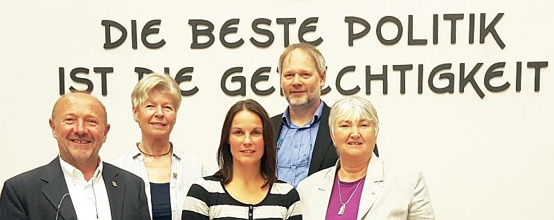 (v.l.) Dr. Klaus-Uwe Gerhardt, Christel Wenzel-Saggel, Katy Walther, Oliver Bode, Cornelia Wicht-Gerhardt