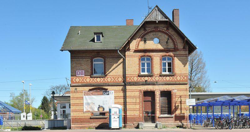 Altes Bahnhofsgebäude Obertshausen: Grünen wollen Auskunft über den Stand der Bauarbeiten