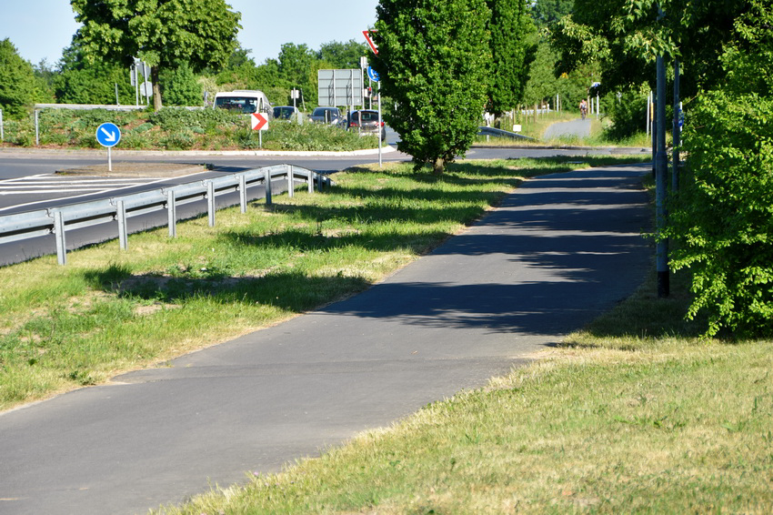 Antrag: Straßenbegleitgrün