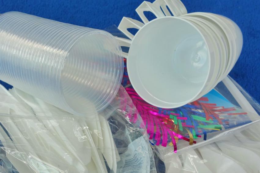 Antrag: Vermeidung von Plastikmüll