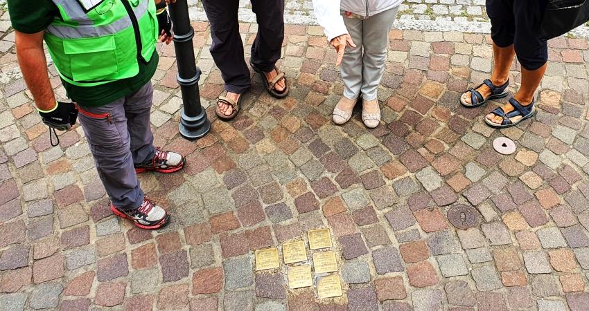 Bericht von der ersten Stolperstein-Tour