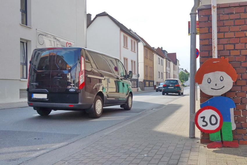 Antrag: Tempo 30 auf Friedrich-Ebert-Straße